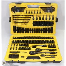 183PC STANLEY PROFESSIONAL GRADE TOOL SET WITH