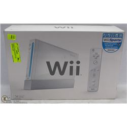 COMPLETE WII SYSTEM IN AN ORIGINAL BOX