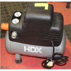 HDX PORTABLE AIR COMPRESSOR - QUIET