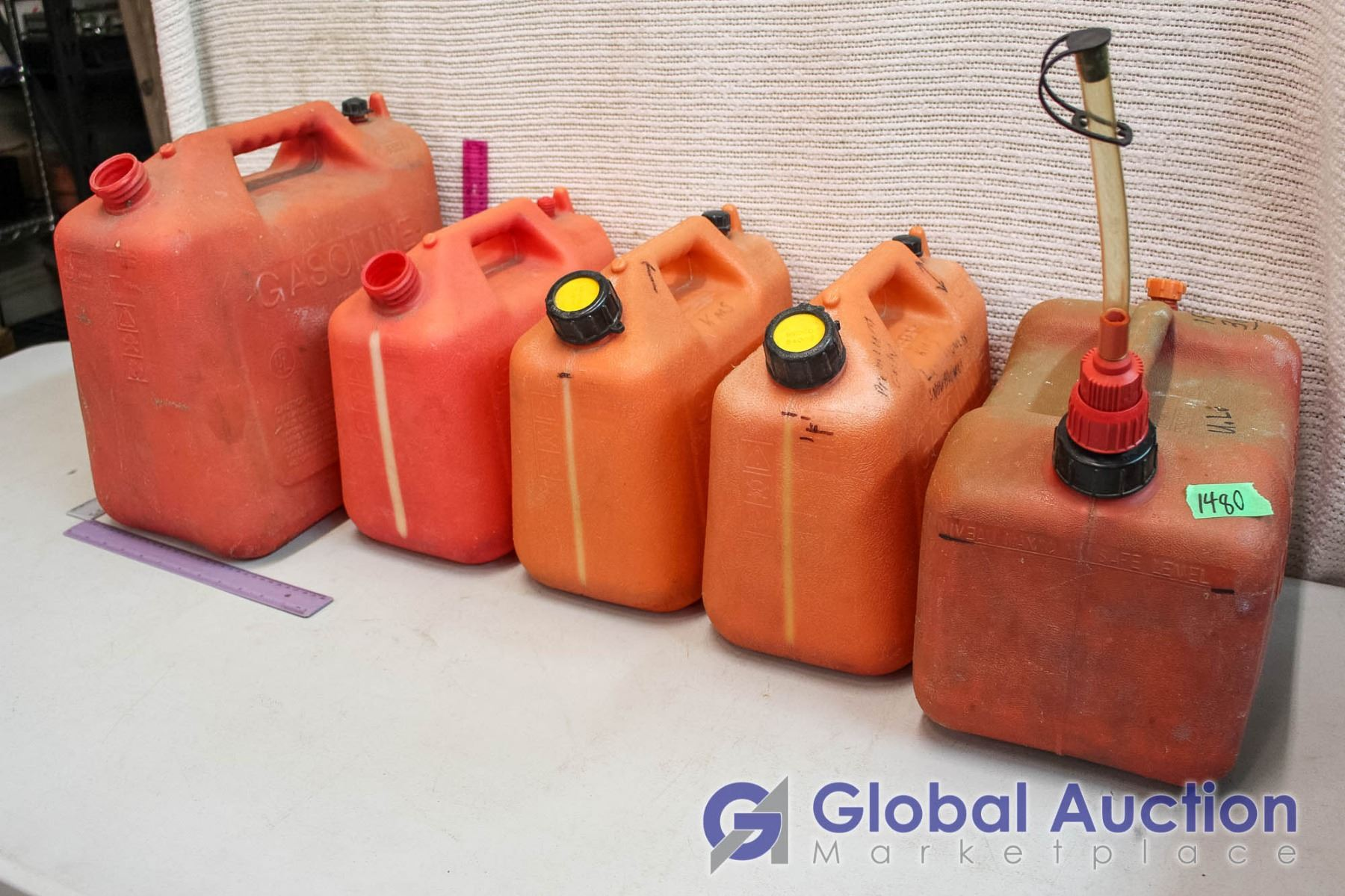 Plastic Gas Cans >> Lot Of Plastic Jerry Gas Cans 5