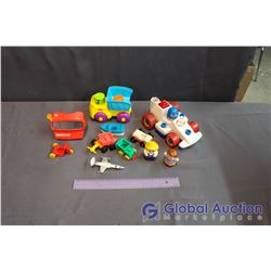 Lot of Vintage Toys (Viewmaster, Fisherprice Race Car, etc)