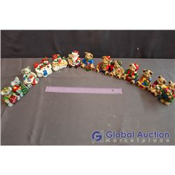 Lot of Hand Painted Plaster Christmas Figurines (13)