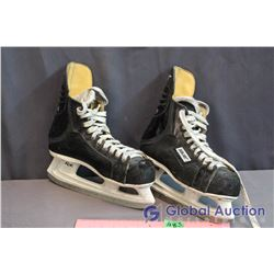Pair Of Used Bauer Skates, Size 7