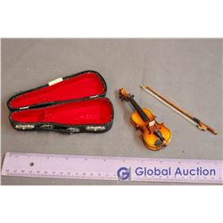 Salesman Sample Miniature Violin