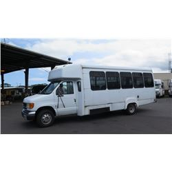 2001 Ford Goshen E-450 25-Passenger Minibus, Mileage 602,805