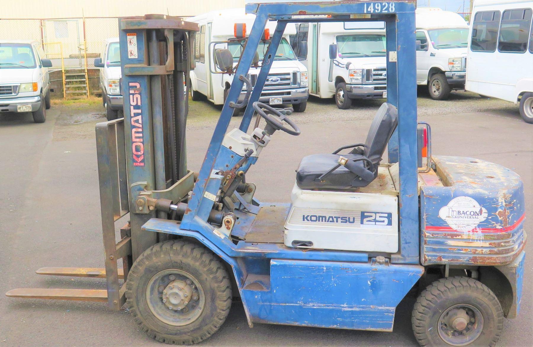 Komatsu 45 Model FG25T-11 Type G Forklift, 2495 Hours (will