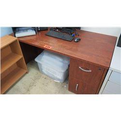 Wooden Desk with 2 Drawers (broken handle) 60 x 30 x 29 H