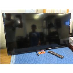 Element ELST4316S Television w/ Remote & Wall Mount