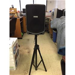 Samson Expedition XP106w Rechargeable Portable PA System with Wireless Handheld Microphone