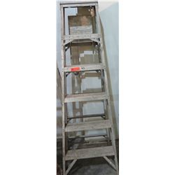 Metal Ladder, 6 Foot