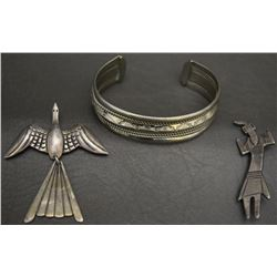 THREE NAVAJO INDIAN JEWELRY ITEMS