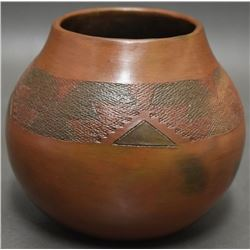 NAVAJO INDIAN POTTERY BOWL (SPENCER)