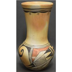 HOPI INDIAN POTTERY VASE