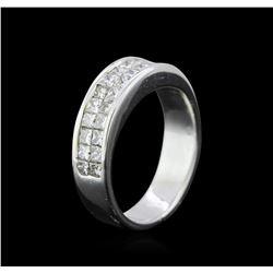 1.38 ctw Diamond Ring - 18KT White Gold