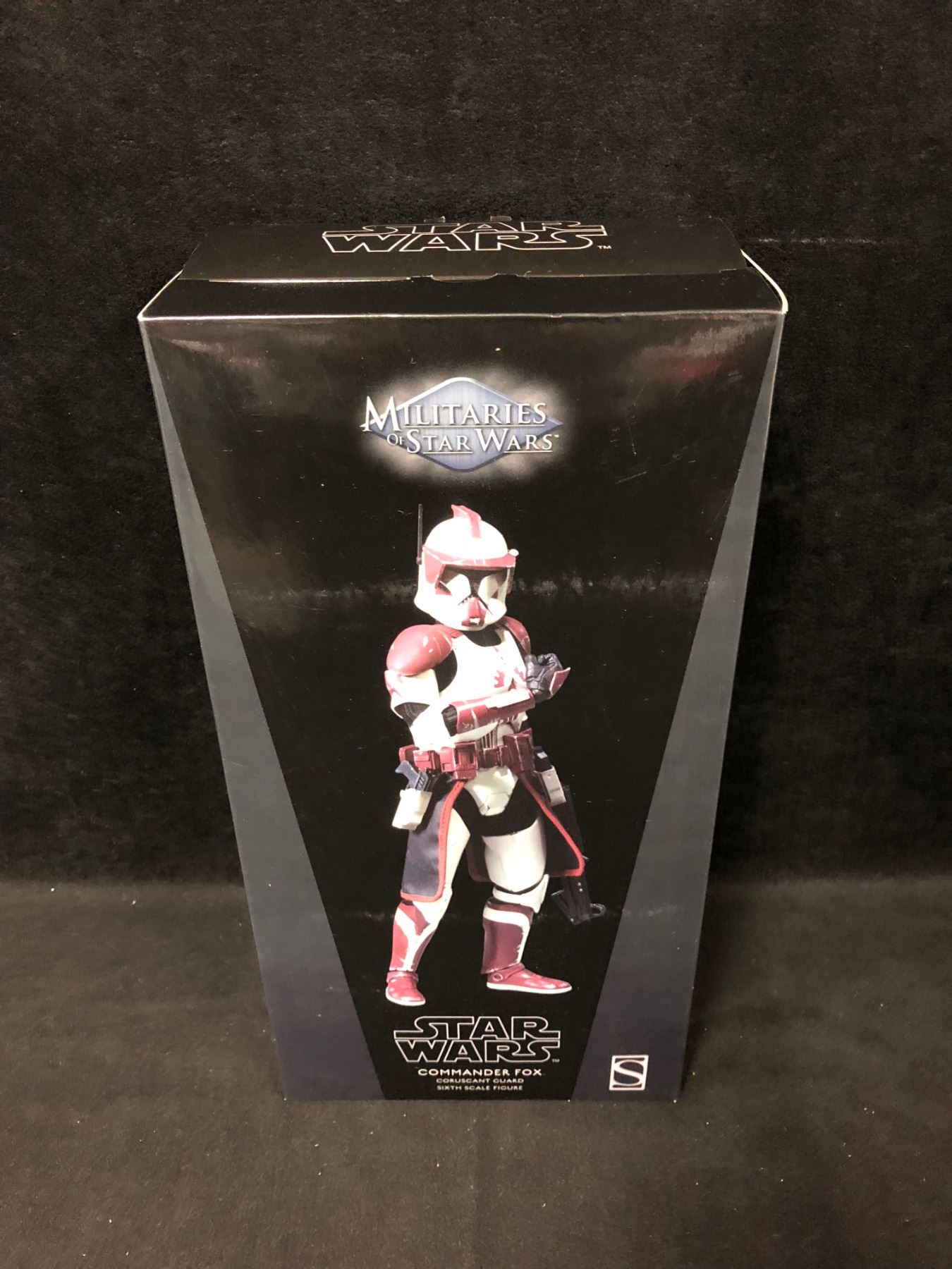 SIDESHOW COLLECTIBLES MILITARIES OF STAR WARS COMMANDER FOX CORUSCANT GUARD  1:6 SCALE