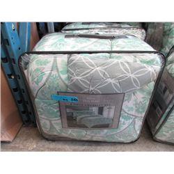 New King Size 8 Piece Comforter Set - Green