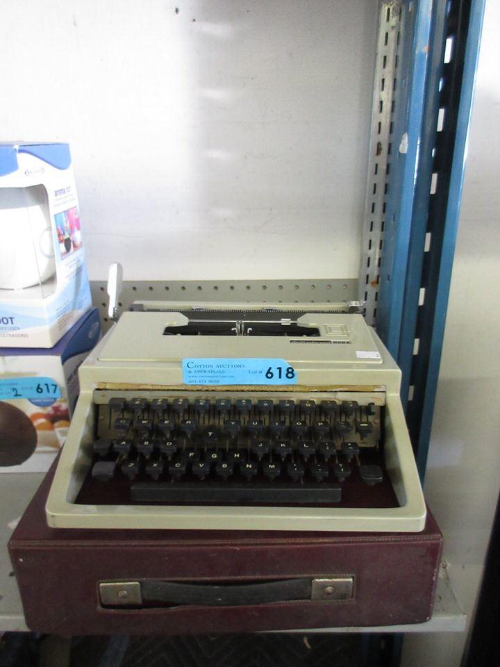 Grey olivetti lettera 35 portable manual typewriter | ebay.