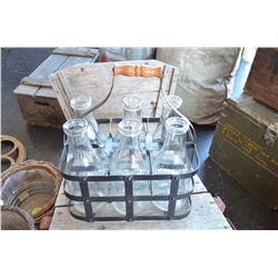 Vintage Milk Carrier / 6 bottles