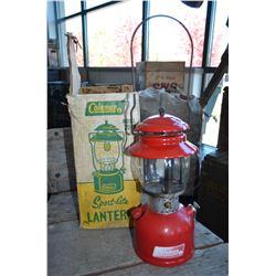 Vintage Coleman Lantern & Original Box
