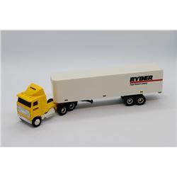 Ryder Semi w/ trailer Ertl 1:64 scale Has Box