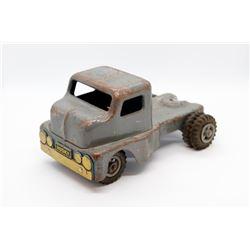 Husky metal semi tractor No Box