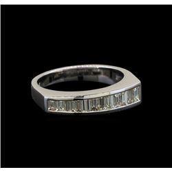 18KT White Gold 0.69 ctw Diamond Ring