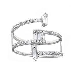 0.58 ctw Diamond Ring - 18KT White Gold