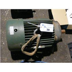 TOSHIBA EQP III-XS 15 HP, 873 RPM ELECTRIC MOTOR