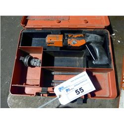 HILTI MODEL DX400 GUN WITH CASE