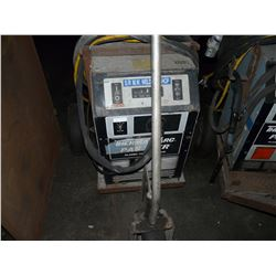 THERMAL ARC PAK 10XR PLASMA CUTTING SYSTEM WITH CABLING AND CART