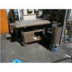 MOBILE WORK BENCH WITH CONTENTS