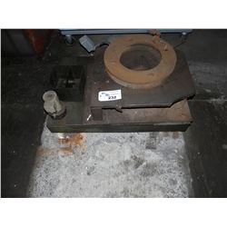 LOT OF LARGE STEEL MACHINE PARTS