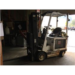 CATERPILLAR 30 MODEL 2EC15 ELECTRIC FORKLIFT, WITH CHARGER, HOURS UNKOWN, 3000 LB CAPACITY, SIDE SHI
