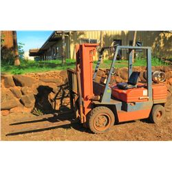 1991 Toyota SFG306 Propane Forklift (Available for pick-up Monday, Nov. 5)