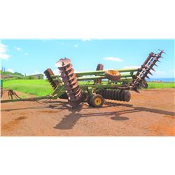John Deere 650 Folding Disk, 320 HP, 6460 Hours
