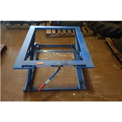 Uline H2508 Pallet Stand, 5000 lb Capacity, 3-Height Settings