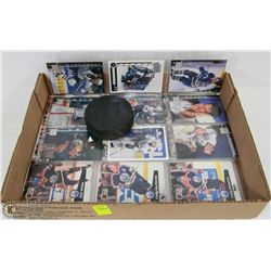 FLAT OF OILERS  HOCKEY CARDS IN PLASTIC SHEETS