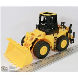 CATERPILLAR LOADER TOY WITH LIGHTS