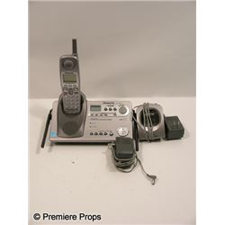 Scream 4 Marnie (Brittany Robertson) Phone Movie Props