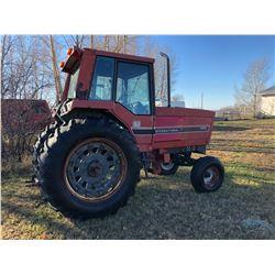 IH Model 3288 Diesel Tractor w/Cab, 18.4 x 38 - 540/1000 Dual P.T.O. Dual Hydraulics App 6200 Hours