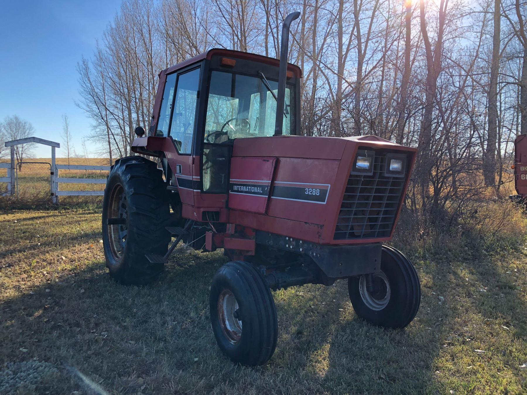 IH Model 3288 Diesel Tractor w/Cab, 18 4 x 38 - 540/1000 Dual P T O
