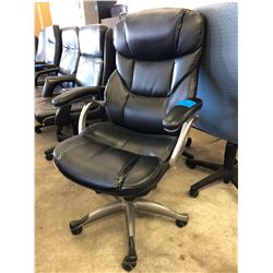 1 Black Leather Office Chair Adjustable on Wheels (Exc Cond)