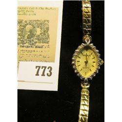 Ladies Gruen Diamond Wrist Watch. Quartz movement, band broken and doesn't appear be running.