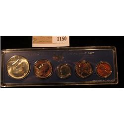 1150 _ 1966 U.S. Special Mint Set in original hard plastic case.