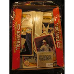 1160 _ Box full of 1981 Fleer Baseball Cards, Mint condition or nearly so. Includes Carlton Fisk, Bo