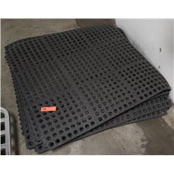 "Black Ruber Kitchen Mats 36"" L x 36"" W"