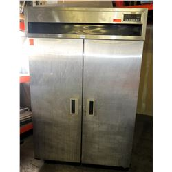2-Door MCII Reach-In Cooler / Refrigerator