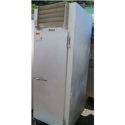 Traulsen & Co DLT 132 WUT Commercial Refrigerator and/or Freezer