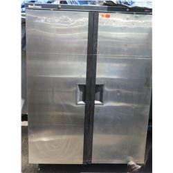 Manitowoc 2-Door Reach-In Cooler Model TL12AG