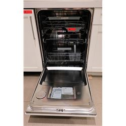 Asko D5556 Dishwasher w/Cabinet Door